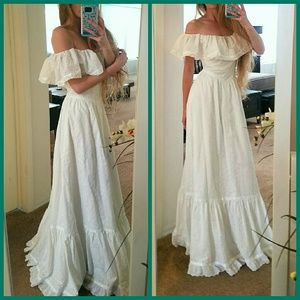 Dresses & Skirts - Eyelet Boho Goddess Vintage Maxi Dress Bell Gown